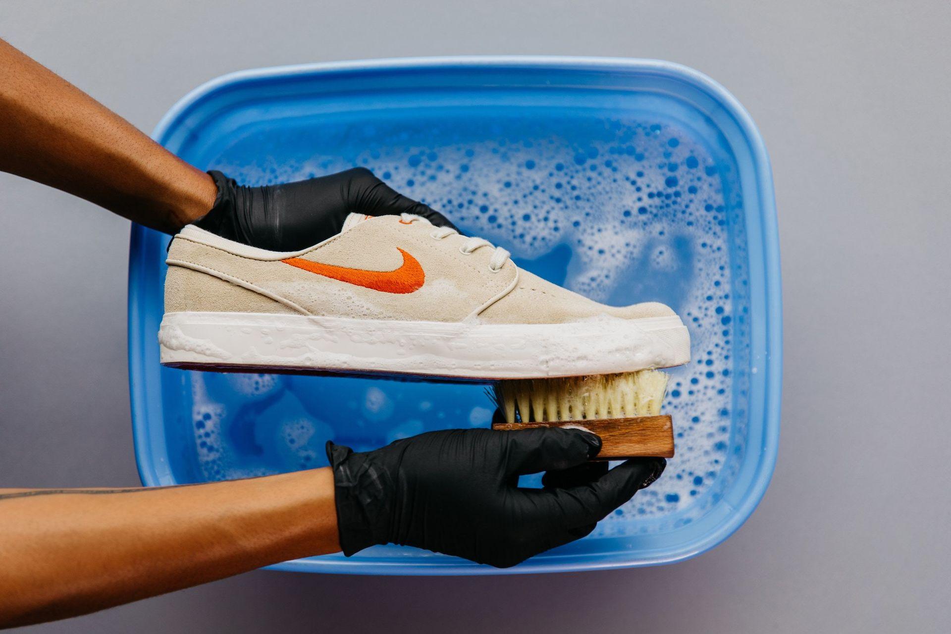 lavar zapatillas de deporte consejos